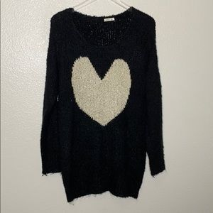 Debut | Heart Knitted Sweater